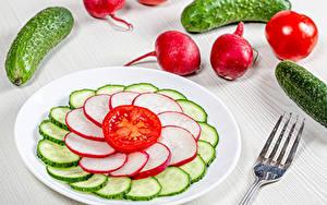 Bilder Gurke Radieschen Tomate Teller Geschnittene