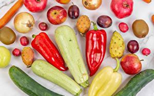 Bilder Gurke Zucchini Paprika Zwiebel Granatapfel Äpfel Kiwifrucht Pflaume Radieschen