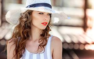Bilder Locken Braunhaarige Der Hut Haar Starren Bokeh Vladimir Sukhov Mädchens