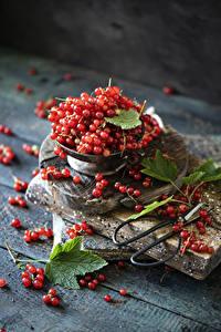 Bilder Johannisbeeren Viel Bretter Rot Lebensmittel