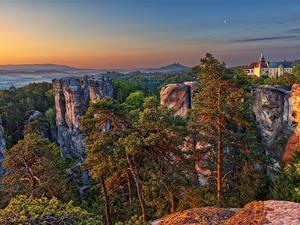 Hintergrundbilder Tschechische Republik Sonnenaufgänge und Sonnenuntergänge Felsen Bäume Liberec region, Karlovice