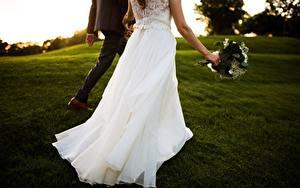 Fotos Kleid Bräutigam Braut Hochzeit