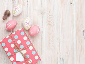 Hintergrundbilder Ostern Bretter Ei Geschenke Vorlage Grußkarte Film