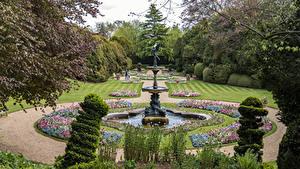 Desktop hintergrundbilder England Garten Springbrunnen Design Rasen Strauch Ascott House gardens Natur