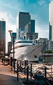Desktop hintergrundbilder England Seebrücke Yacht London Straßenlaterne Städte