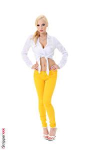 Fotos Estonika iStripper Weißer hintergrund Blond Mädchen Posiert Bein High Heels Die Hose Mädchens