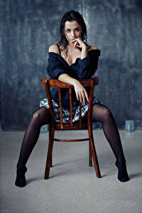 Hintergrundbilder Evgeniy Bulatov Stühle Sitzend Bein Rock Hand Bluse Blick Nastya Mädchens
