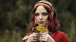 Bilder Gesicht Hand Blick Bokeh Rotschopf Mädchens