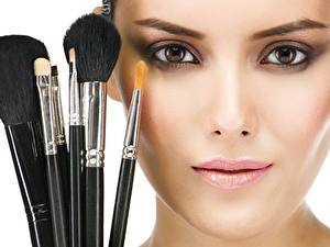 Hintergrundbilder Gesicht Make Up Pinsel Starren Model