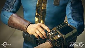 Fotos Fallout Hand 76 Pip-Boy Spiele