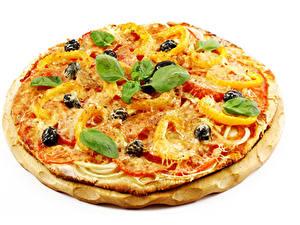 Bilder Fast food Pizza Käse Weißer hintergrund Basilienkraut das Essen