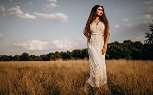 Fotos Acker Model Kleid Starren Virginia Hinz