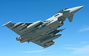 Bilder Jagdflugzeug Rakete Flug Eurofighter Typhoon Luftfahrt