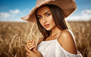 Bilder Finger Braunhaarige Der Hut Ähre Blick Schön Mädchens