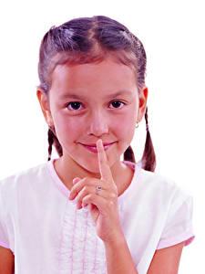 Fotos Finger Gestik Weißer hintergrund Kleine Mädchen Lächeln Starren kind