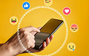 Hintergrundbilder Finger Smilies Farbigen hintergrund Smartphone
