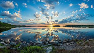 Fondos de escritorio Finlandia Lago Piedra Bosques Fotografía De Paisaje Cielo Nube Reflejo