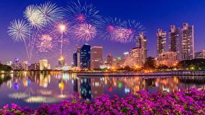Papéis de parede Fogos de artifício Edifício Singapura Noite Baía Cidades