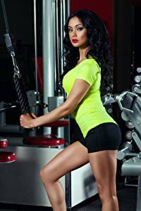 Hintergrundbilder Fitness Brünette Starren Mädchens Sport