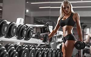 Hintergrundbilder Fitness Hanteln Blond Mädchen Hand Bauch Mädchens