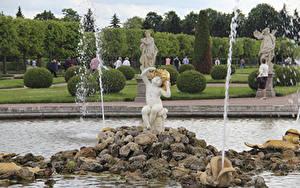 Images Fountains Stones Parks Sculptures Russia St. Petersburg Boys Sit fountain Oak, Peterhof Cities