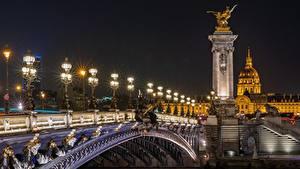 Hintergrundbilder Frankreich Brücken Skulpturen Paris Nacht Straßenlaterne Alexander III bridge