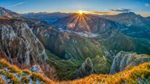 Fotos Frankreich Berg Landschaftsfotografie Sonne Gras Lichtstrahl Pyrenees