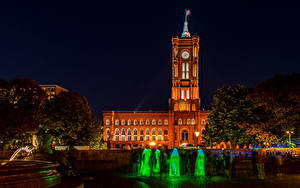 Photo Germany Berlin Houses Fountains Night time Palace Alexanderplatz Rotes Rathaus Cities