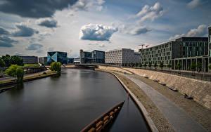 Hintergrundbilder Deutschland Berlin Fluss Gebäude Waterfront Wolke Spree river Städte