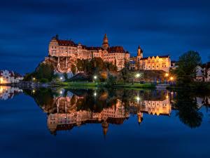 Hintergrundbilder Deutschland Burg Flusse Abend Felsen Straßenlaterne Sigmaringen Castle Städte