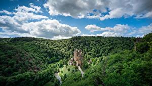 Desktop hintergrundbilder Deutschland Wald Burg Himmel Wolke Felsen Castle Eltz, Rheinland-Pfalz Natur