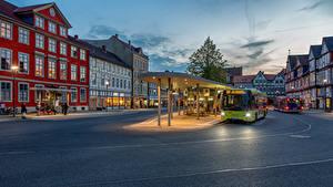 Fotos Deutschland Haus Omnibus Platz Stadtstraße Straßenlaterne  Städte