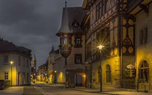 Hintergrundbilder Deutschland Gebäude Straße Nacht Straßenlaterne Meiningen