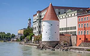 Fotos Deutschland Gebäude Fluss Bayern Turm Waterfront Passau Städte