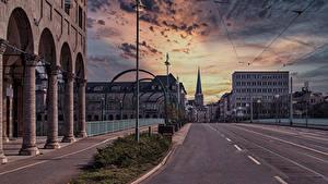 Fotos Deutschland Gebäude Straße Abend Straße Straßenlaterne
