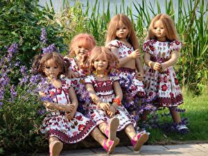 Picture Parks Doll Little girls Frock Bush Grugapark Essen Nature