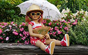 Bilder Deutschland Parks Kleine Mädchen Puppe Brille Regenschirm Der Hut Grugapark Essen Natur