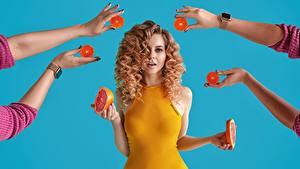 Fotos Grapefruit Lockige Hand Frisuren Frisur Schön Haar Katrin Sarkozy, Anton Harisov Mädchens