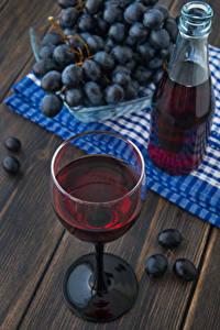 Hintergrundbilder Weintraube Flasche Weinglas Bretter Lebensmittel