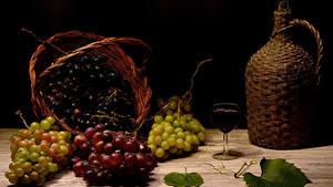Desktop hintergrundbilder Trauben Wein Stillleben Krüge Weidenkorb Weinglas Lebensmittel