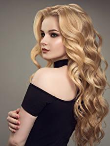 Fotos Lockige Blondine Blond Mädchen Haar Make Up Junge Frauen