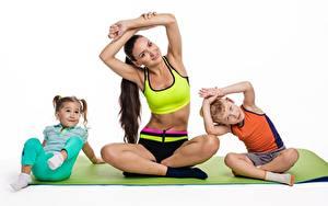 Hintergrundbilder Gymnastik Mutter Joga Kleine Mädchen Junge Pose sportliches Kinder Mädchens