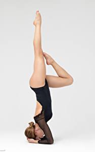 Images Gymnastics Posing Legs Beautiful Pilar young woman