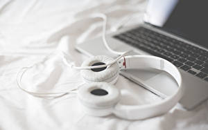 Images Headphones Laptops