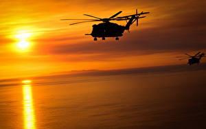 Hintergrundbilder Hubschrauber Sonnenaufgänge und Sonnenuntergänge Sonne Silhouette Sikorsky CH-53 Luftfahrt