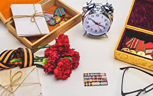 Photo Holidays Carnations Alarm clock Clock Victory Day 9 May Medal Flowers