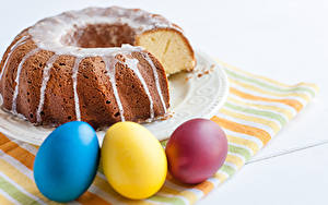 Bilder Feiertage Ostern Backware Kulitsch Keks Zuckerguss Ei