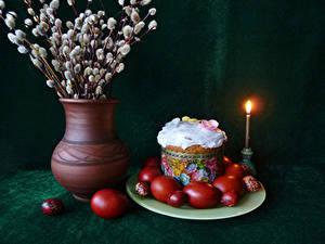Bilder Feiertage Ostern Stillleben Kulitsch Kerzen Ast Vase Ei Design Lebensmittel