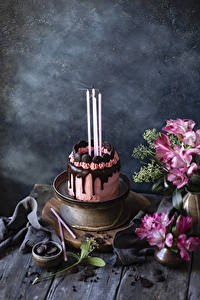 Hintergrundbilder Feiertage Stillleben Torte Schokolade Kerzen Design