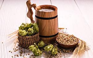 Bilder Echter Hopfen Bier Bretter Becher Ähre Getreide Lebensmittel